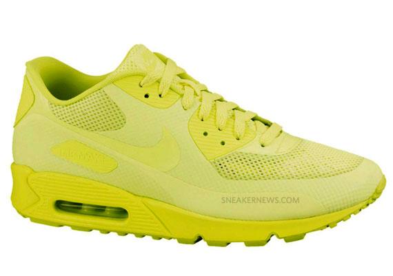 Air Max 90 Hyperfuse Volt On Feet Nike Air Max 90...