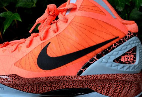 new concept b2240 adbd3 Nike Zoom Hyperdunk 2011  Blake Griffin 10.0 PE  - Release Reminder ...