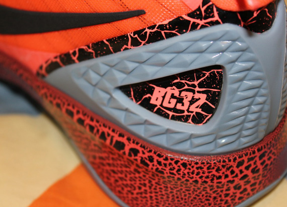 best sneakers ae8e3 d5c8f Nike Zoom Hyperdunk 2011  Blake Griffin 10.0 PE  – Release Reminder