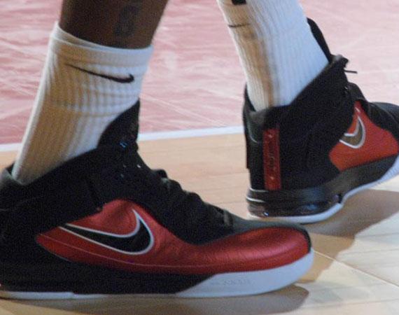 Nike LeBron Soldier V - Black - Red