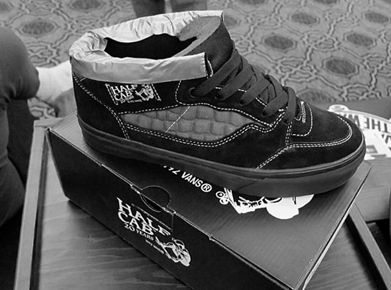 630eca51c6 Vans Half Cab - 20th Anniversary Collection - SneakerNews.com