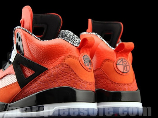 Air Jordan Spiz'ike 'Knicks' – Orange | New Images