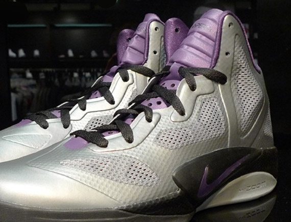 Nike Zoom Hyperfuse 2011 Metallic Silver Violet well-wreapped ... 73c9d4802