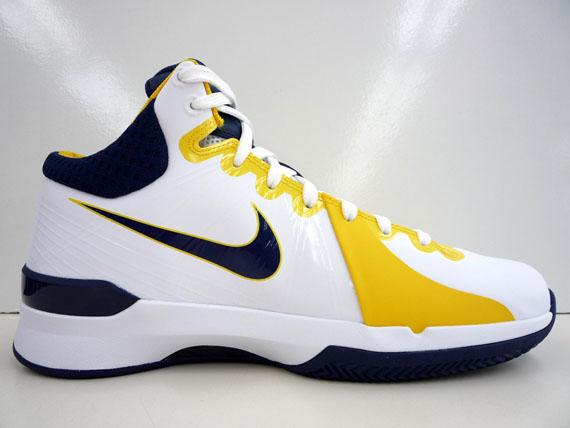 402e1f3d172f Nike Zoom Brave V - Three Colorways - SneakerNews.com