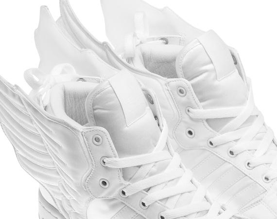 74c4952f2d0d 2NE1 x Jeremy Scott x adidas Originals JS Wings 2.0 lovely ...