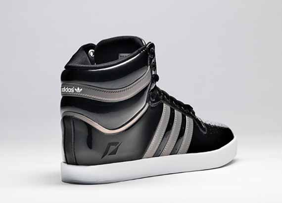 outlet store 66e7c 50efa free shipping EA Games x adidas Originals Need for Speed The Run Collection