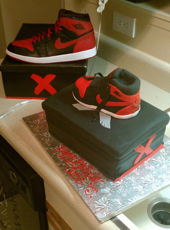 Air Jordan 1 Banned Birthday Cake Sneakernews Com