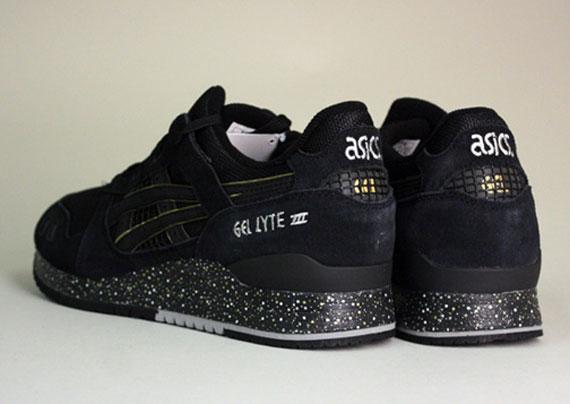 sale retailer d3dbd e7dd7 atmos x Asics Gel Lyte III - Available - SneakerNews.com