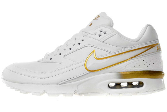 Nike Air Max Classic BW oro