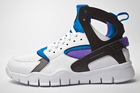nike huarache purple and white