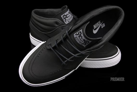 Nike Janoski Leather Blackout