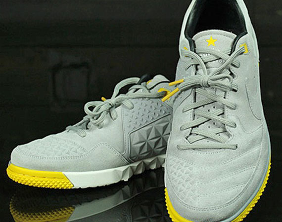 LIVESTRONG x Nike Street Gato 70%OFF - cplondon.org.uk 3259c198046a