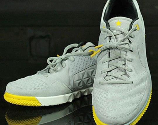 LIVESTRONG x Nike Street Gato