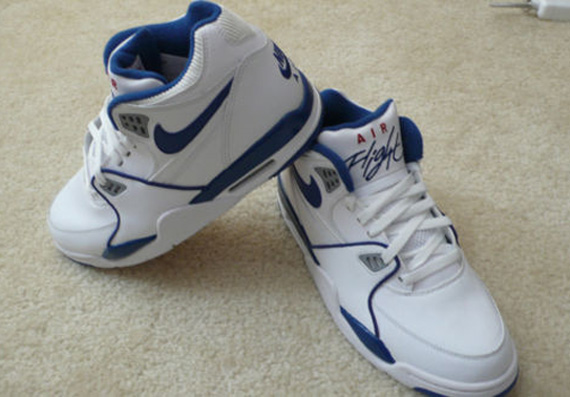 Nike Air Flight '89 'True Blue' Sample
