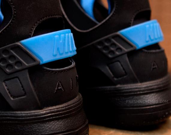 black and blue huaraches