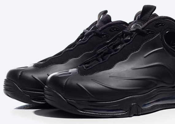 competitive price ae4cc 3da94 Nike Total Air Foamposite Max  Blackout  – Arriving at Retailers