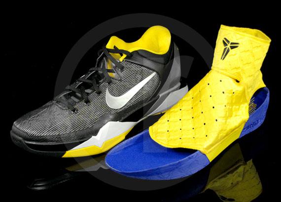 Nike Zoom Kobe VII Supreme 'Del Sol
