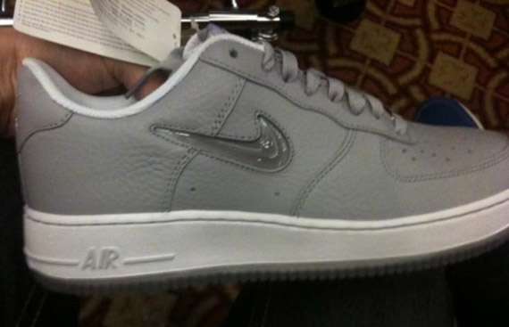 air force 1 with bubble