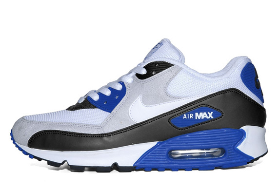 blue and white nike air max
