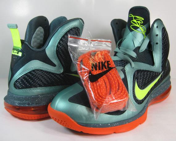 huge selection of a2ee7 0bf0f Nike LeBron 9 - Cannon - Volt - Team Orange  Release Reminde