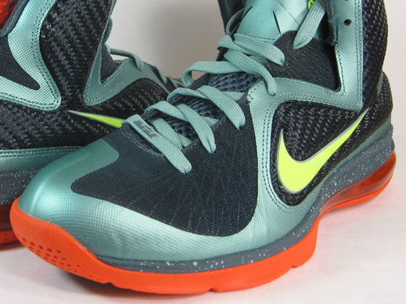 Nike LeBron 9 - Cannon - Volt - Team