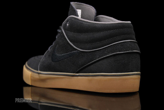 on sale 085b9 4970c Nike SB January 2012 Quickstrikes - Available - SneakerNews.com