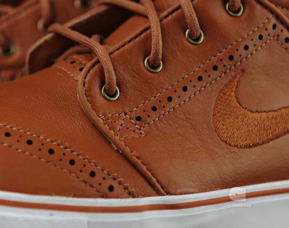 Nike SB Zoom Stefan Janoski Mid Premium 'Brogue' | Arriving at Retailers