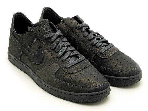 official photos 9ee20 c5732 Nike WMNS Air Force 1 Low Light - Metallic Dark Grey - SneakerNews.com