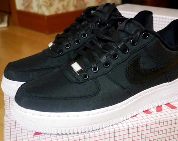 Advertit The Nike Air Force 1 Low Year