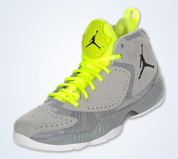 info for d2af5 c6602 Air Jordan 2012 Wolf Grey - SneakerNews.com