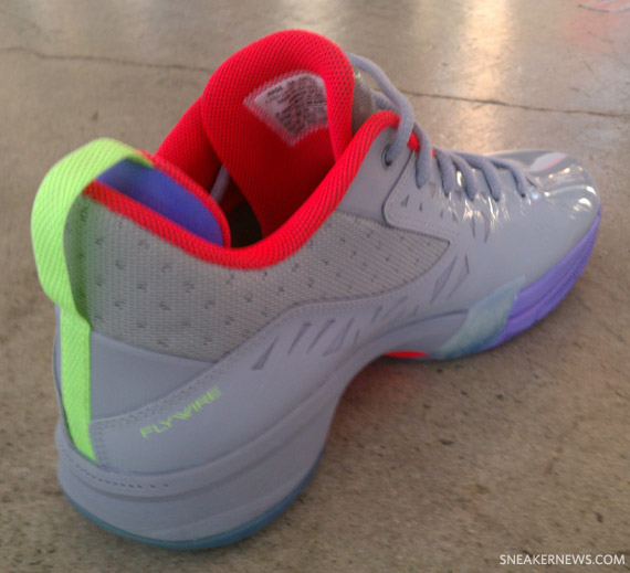 Jordan CP3.V  Jekyll   Hyde  - Detailed Images - SneakerNews.com fdd4d9b506