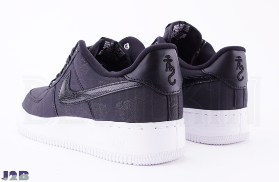 Nike Air Force 1 Low Supreme Tz Year Of The Dragon Black 516630 090 01 14 12 Advertit Show Comments