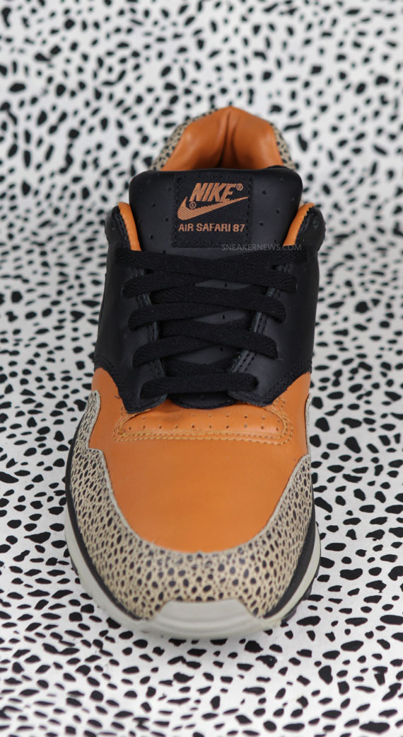 Nike Air Safari Celebrates 25th Anniversary