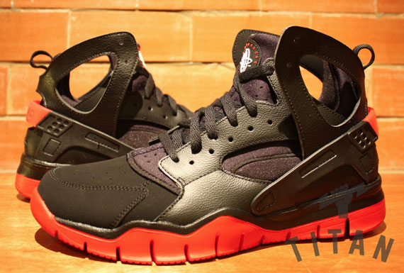 7327d9fdb2b59 Nike Huarache Free 2012 Basketball Black Black-Sport Red 488054-006.  Advertisement