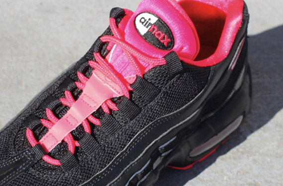 Nike Air Max 95 Black And Red