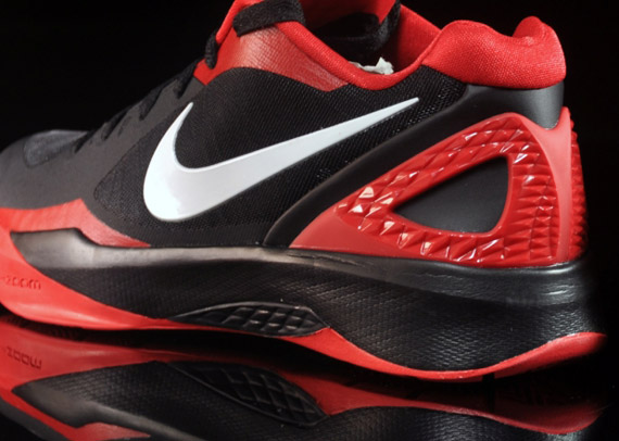 nike zoom hyperdunk 2011 low red and black