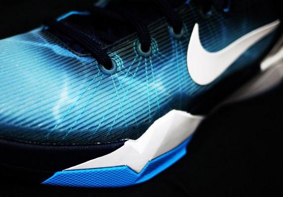Nike Zoom Kobe VII ??Shark?? New Photos