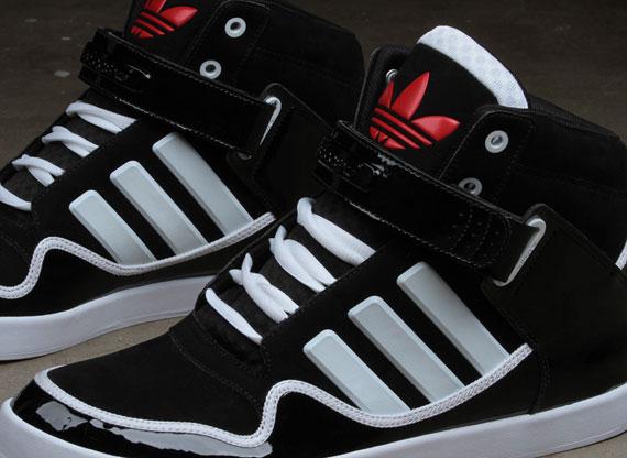 adidas Originals AR 2.0 'Chicago