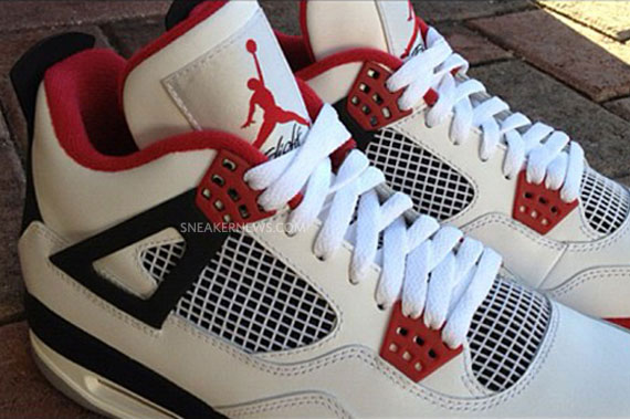 more photos bae34 38ab2 Air Jordan IV 'Fire Red' 2012 Retro - SneakerNews.com