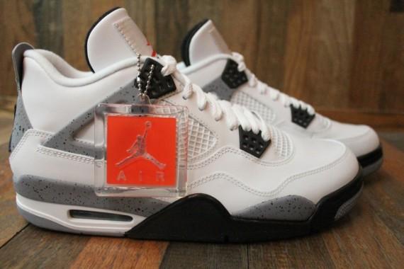 Air Jordan 4 Retro White / Black Cement Grey