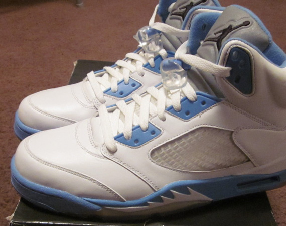 new product 35e47 bfc1c Air Jordan V 'Motorsports' - Available on eBay - SneakerNews.com