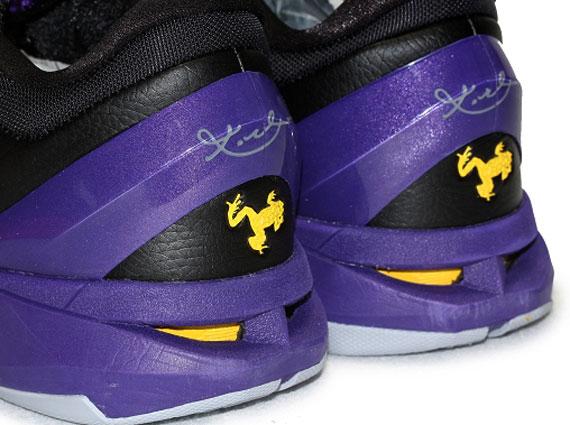 Nike Zoom Kobe VII 7 Poison Dart Frog Lakers