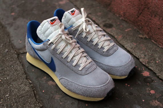 http://sneakernews.com/wp-content/uploads/2012/02/nike -air-tailwind-vntg-kith-3.jpg