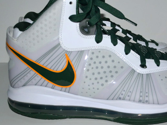 save off 2c65c 76f2e Nike LeBron 8 V 2 Swin Cash PE