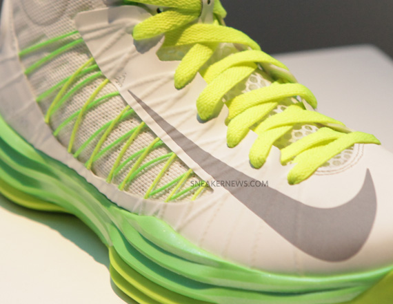 186b59e8c04a Nike Lunar Hyperdunk 2012 - New Images - SneakerNews.com