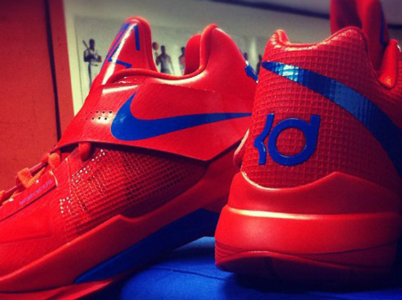 detailed look e93b2 b80ea Nike Zoom KD IV - Bright Red/Blue Sample - SneakerNews.com
