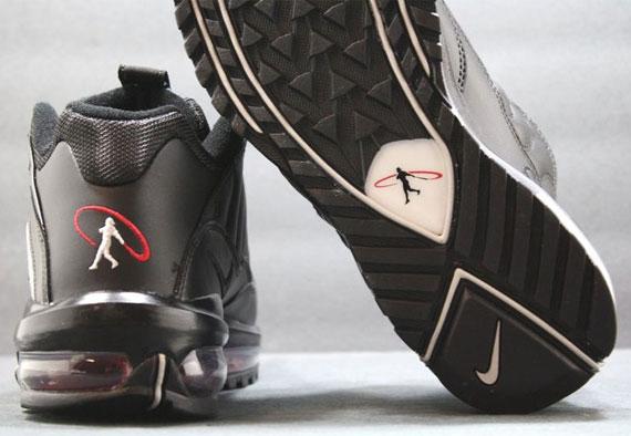 durable service Nike Total Griffey Max   99 Black Zen Grey Varsity Red  Release Reminder 49519eb331