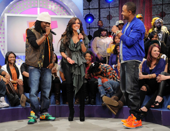 Celebrity feet wale terrence j on 106 park for Kevin durant weatherman shirt