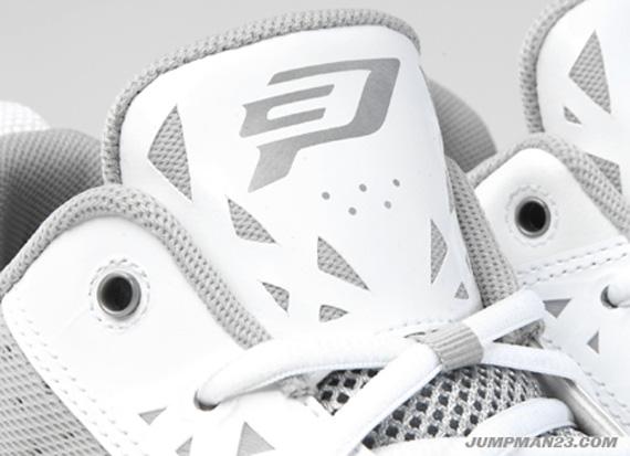 Jordan CP3.V White Metallic Sishoeser   Release Date