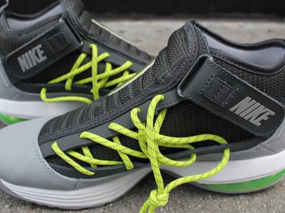 Nike Air Max Shake Evolve - Anthracite - Stealth - White ... 29ae32d8b